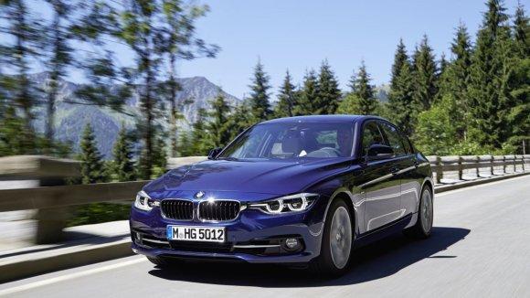 BMW 318i / BMW nuotr.