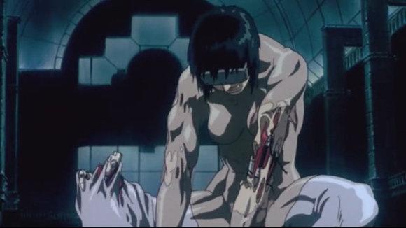 """Kadras iš anime filmo """"Dvasia šarvuose"""""""