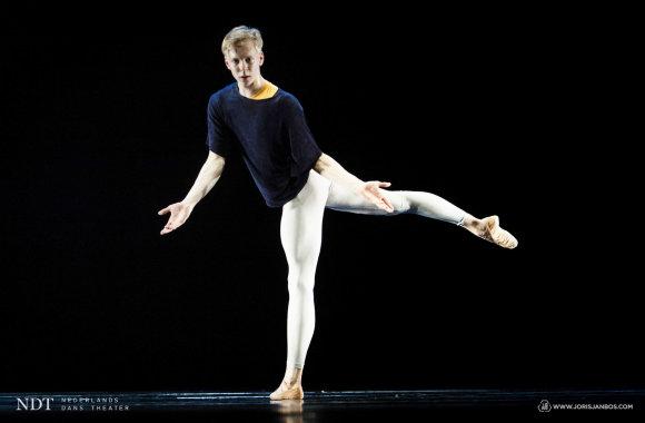 """Joriso Jano Boso nuotr./""""Nyderlandų šokio teatro 2"""" spektaklis """"Solo"""""""