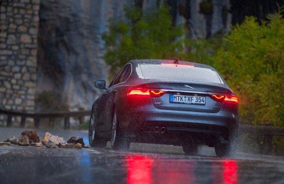 Bendrovės nuotr./Lapkritį vairuotojams gyvenimą apkartina prastos eismo sąlygos