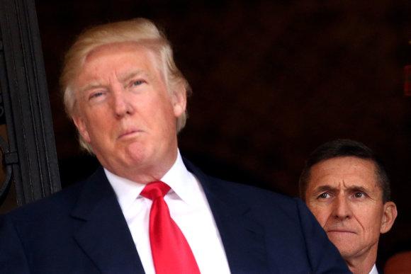"""""""Reuters""""/""""Scanpix"""" nuotr./Donaldas Trumpas ir Michaelas Flynnas"""