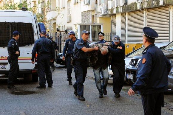 "AFP/""Scanpix"" nuotr./Sulaikytieji Juodkalnijoje"