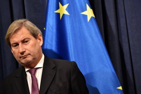 """AFP/""""Scanpix"""" nuotr./Europos Komisijos įgaliotinis plėtros klausimams Johannesas Hahnas"""