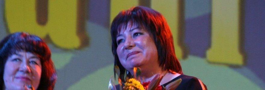 """Kovo 8-osios išvakarėse Šiauliuose išrinkta metų moteris – """"Moteris Saulė 2013"""""""