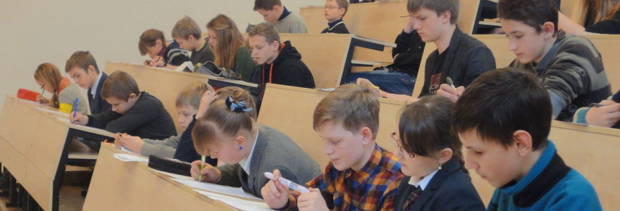 Rekordas: daugiau nei 700 vaikų šeštadienį vaišinosi matematikos uždaviniais