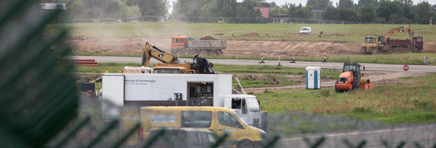 Vilniaus oro uosto kaimynystės įkaitai: naktinį lėktuvų triukšmą pakeitė buldozerių garsai