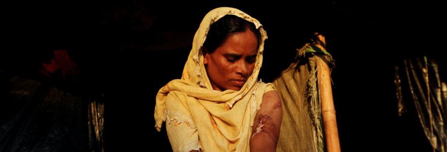 Masinis seksualinis smurtas kaip karo ginklas prieš rohinjų moteris: išgyvenusiųjų liudijimai