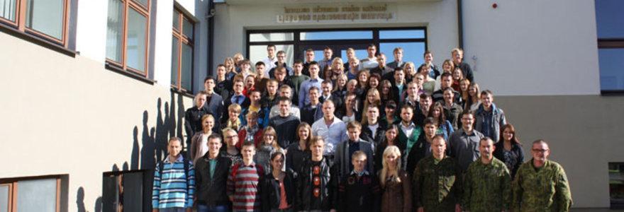 Lietuvos kariuomenė rengs medicinos studentus, norinčius tapti karo medikais