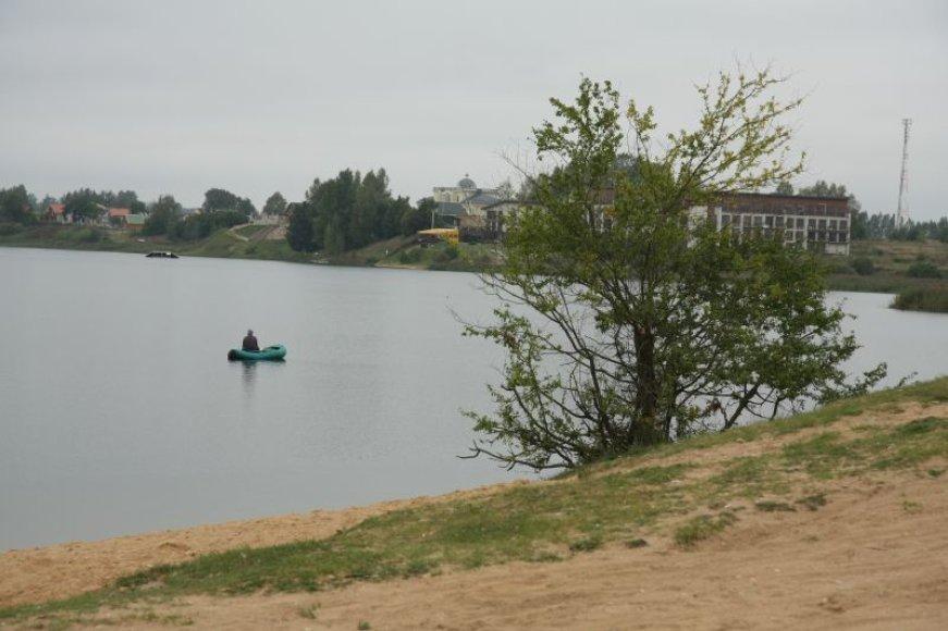 """Bendrajame plane žalioji zona aplink Gilužio ežerą numatyta apie 70 metrų pločio. Verslininkai ją """"nutikslino"""" iki 20-ies."""