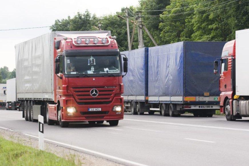 Šią savaitę spręsis, ar Lietuvos vežėjai turės teisę vilkikais gabenti krovinius Rusijoje.