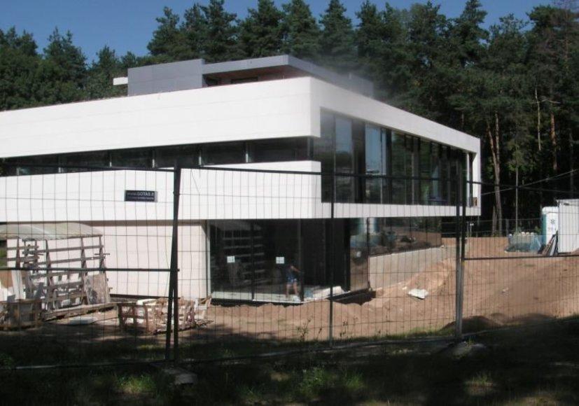 Nelegalus namas Kalvos gatvėje, Pavilnių regioniniame parke