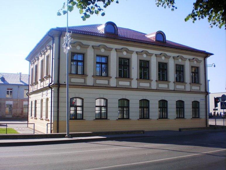 1652 m. pastatytas Kėdainių gimnazijos pastatas