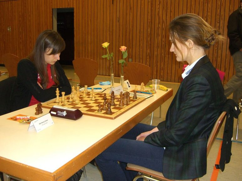 Deimantė Daulytė ir Viktorija Čmilytė