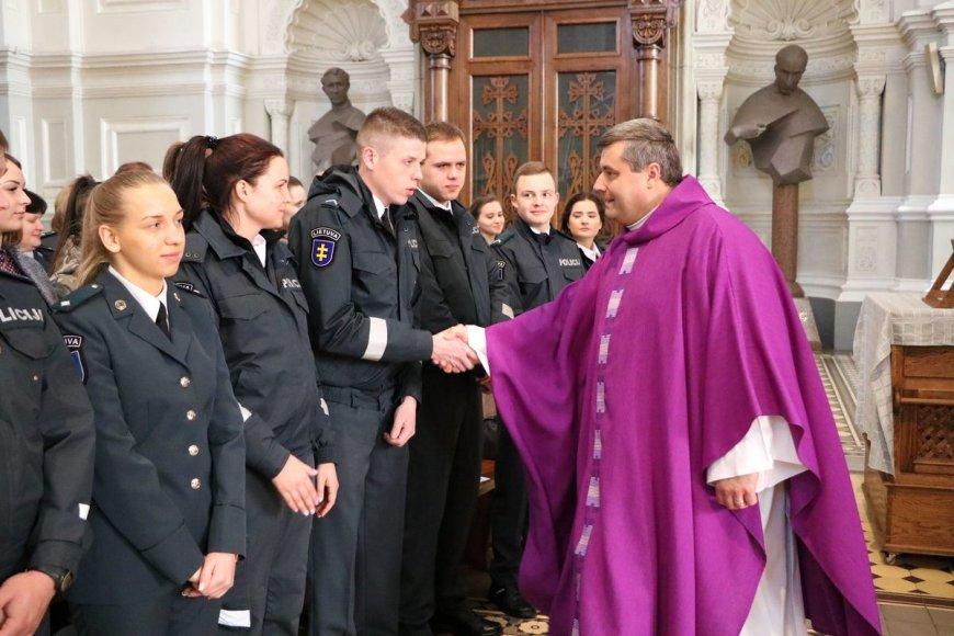 Policijos pareigūnų šventėje