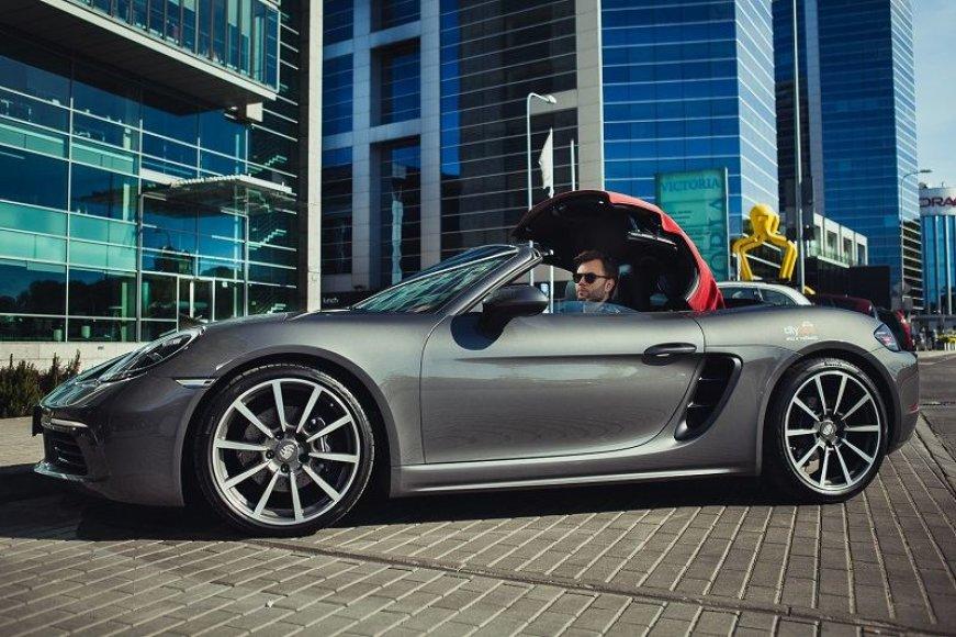 """""""CityBee"""" """"Porsche 718 Boxster"""" kabrioletas"""