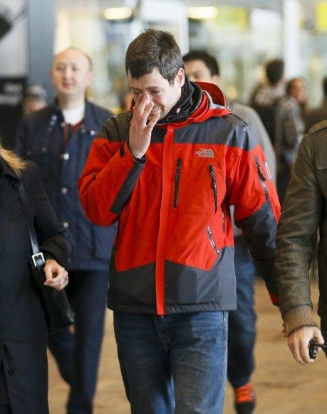 Diuseldorfo oro uoste vyras, laukęs iš Barselonos grįžtančių artimųjų.