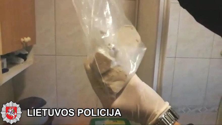 Klaipėdoje sulaikyti heroino platintojai.