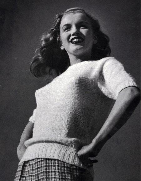 Marilyn Monroe nuotrauka iš pirmos jos fotosesijos parduota už 7 tūkst. JAV dolerių