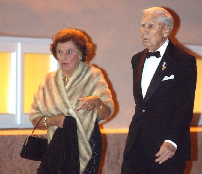 J.Kazickas su žmona.