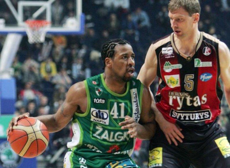 Andrius Šležas (dešinėje)