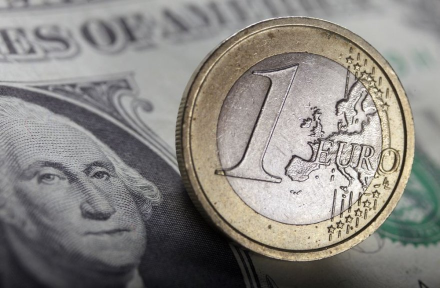 Euras, doleriai