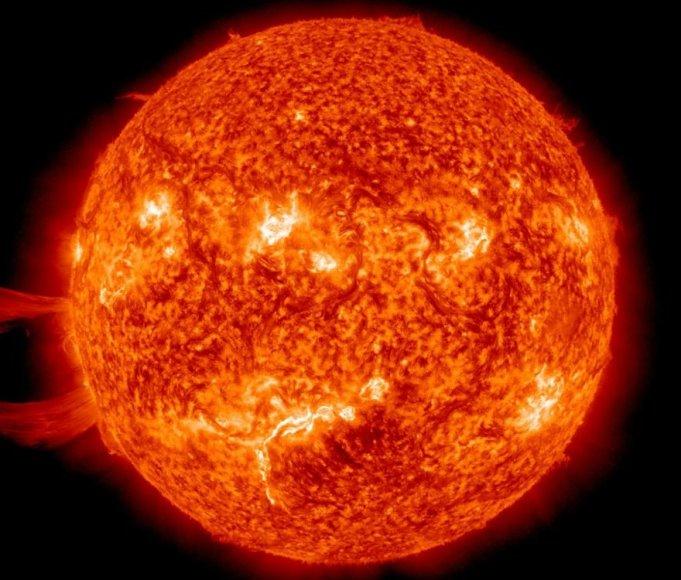 Saulės žybsniai