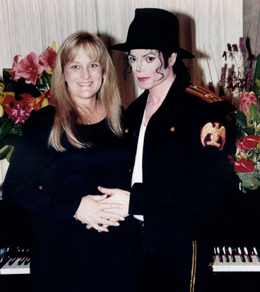 Michaelas Jacksonas ir Debbie Rowe 1996-aisiais
