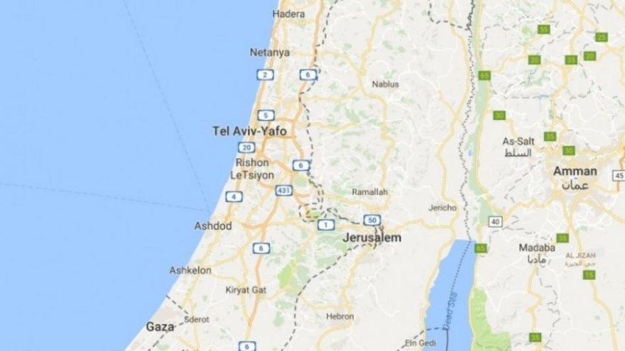 """""""Google Maps"""" kaltinama ištrynusi Palestinos pavadinimą iš žemėlapių"""