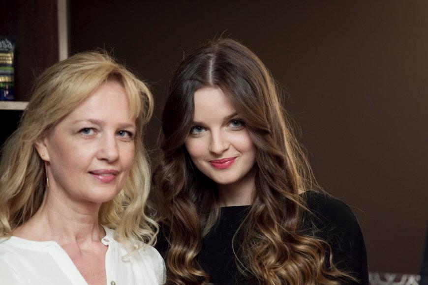 Gabrielė Martirosianaitė su mama Lina