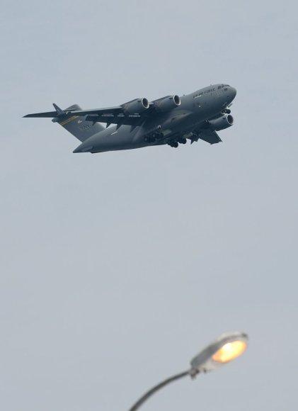 """USAF C-17 Globemaster III"""