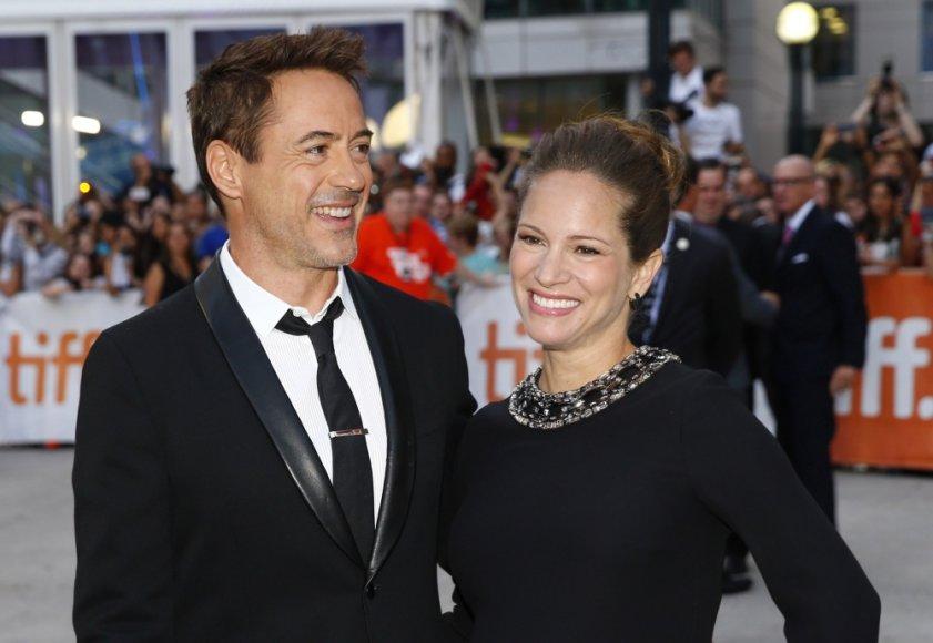 Robertas Downey jaunesnysis ir jo žmona Susan