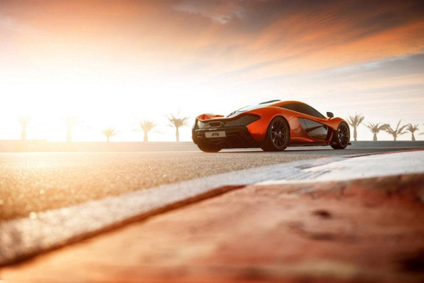 """McLaren P1"""