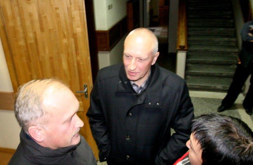 Šiaulių apskrities priešgaisrinės gelbėjimo valdybos viršininkas Jonas Misiūnas stojo prieš teismą