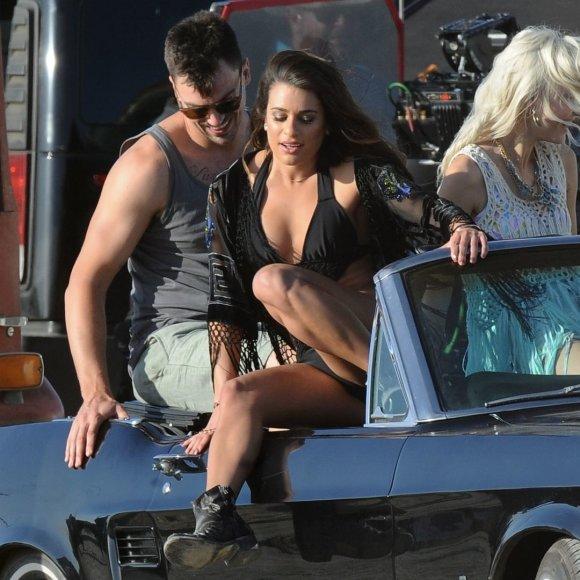 """Lea Michele ir Matthew Paetzas dainos """"On My Way"""" vaizdo klipe"""