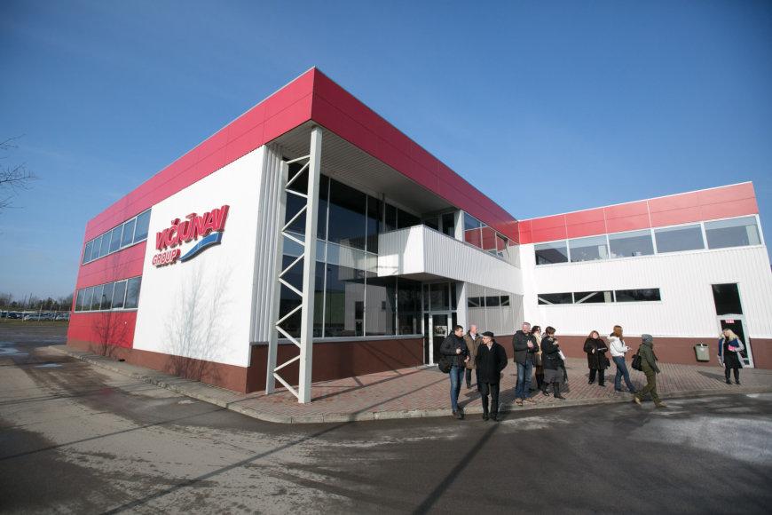 Juliaus Kalinsko / 15min nuotr./Plungėje atidarytas džiūvėsių fabrikas