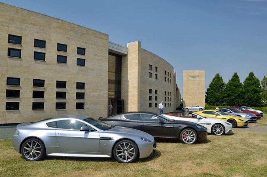 """""""Aston Martin"""" automobiliai"""