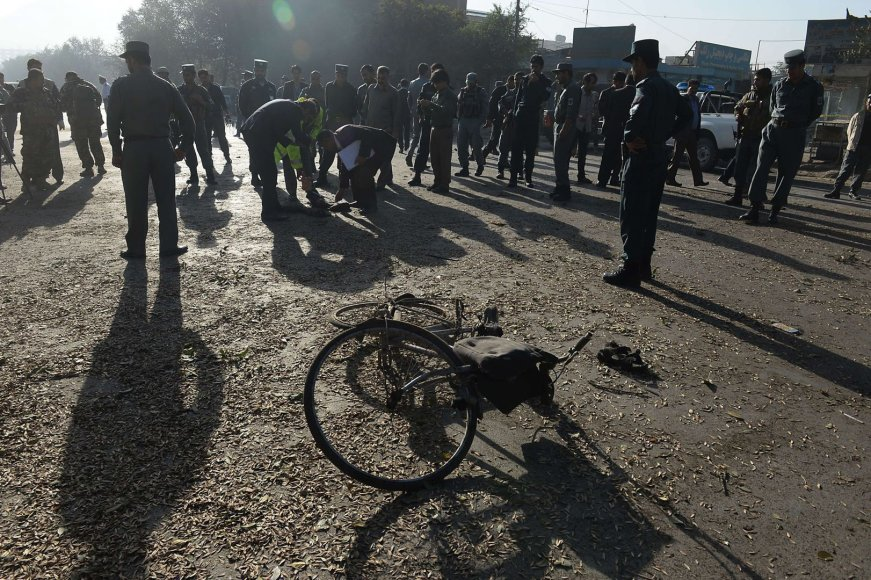 Kabule mirtininkai atakavo armijos autobusus