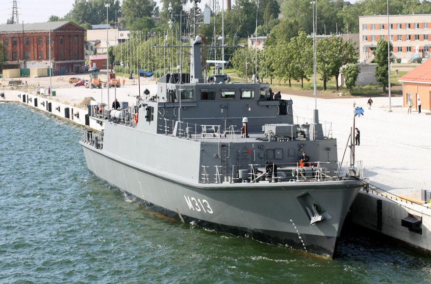 """Estijos KJP laivas """"Admiral Cowan"""" (M313)"""