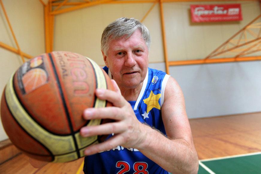 Grasiam krepšinio treneriui Rimantui Endrijaičiui – 70 metų