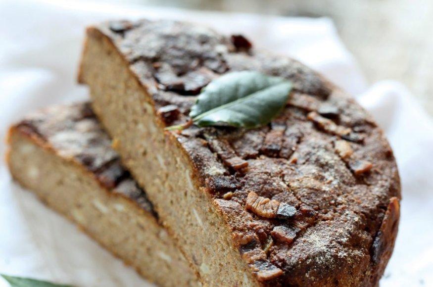 Ruginė duona su spirgučiais