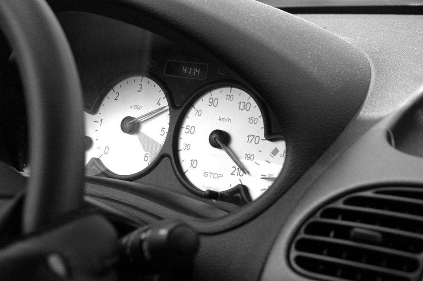 """Peugeot"" prietaisų skydelis"