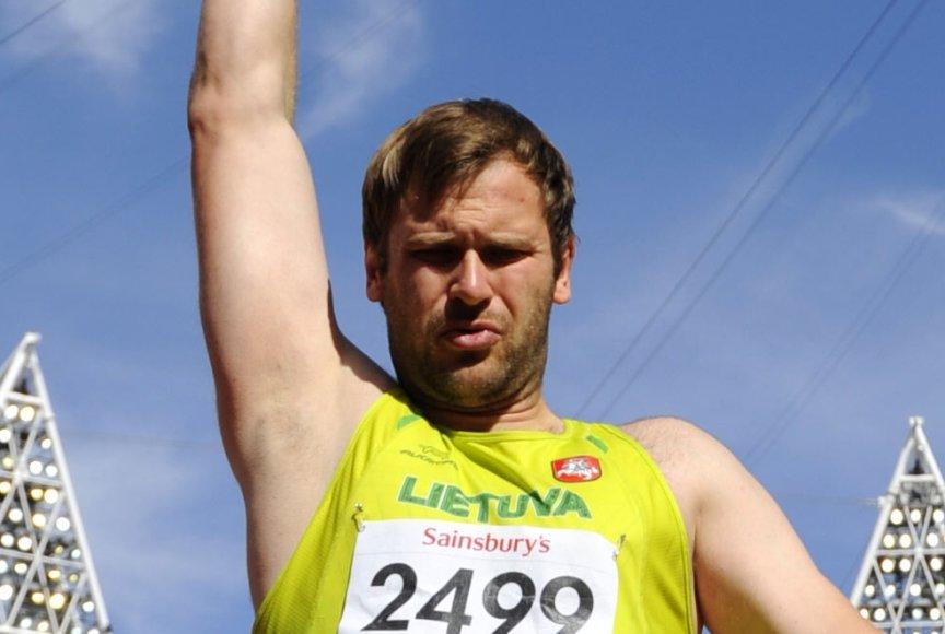 Mindaugas Bilius Londono parolimpiadoje dalyvavo ir rutulio stūmimo rungtyje, kurioje užėmė šeštą vietą.