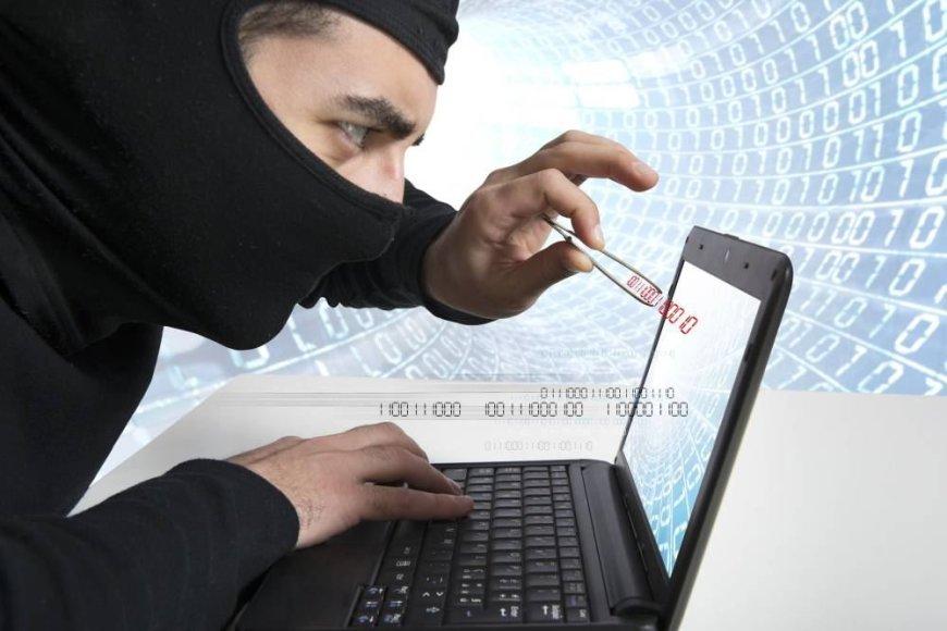 Asociatyvinė nuotrauka: piratavimas internete