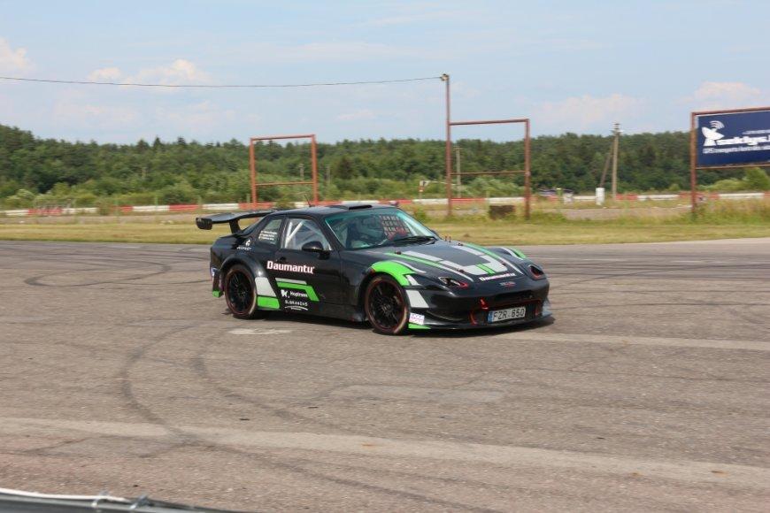 """""""Daumantų-Hoptrans Toverasport"""" komandos """"Porsche 968EBR"""""""