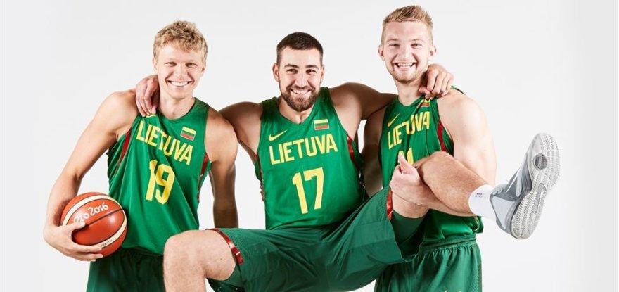 FIBA.com/Mindaugas Kuzminskas, Jonas Valančiūnas ir Domantas Sabonis