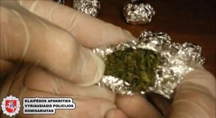 Į teismą keliauja narkotikų platintojų byla