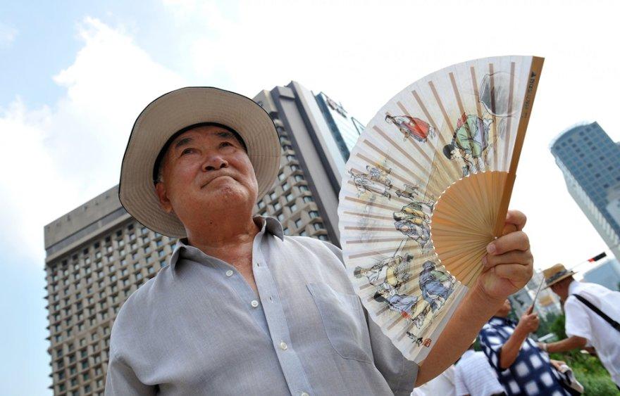 Karščiai Kinijoje iškamavo šalies gyventojus.