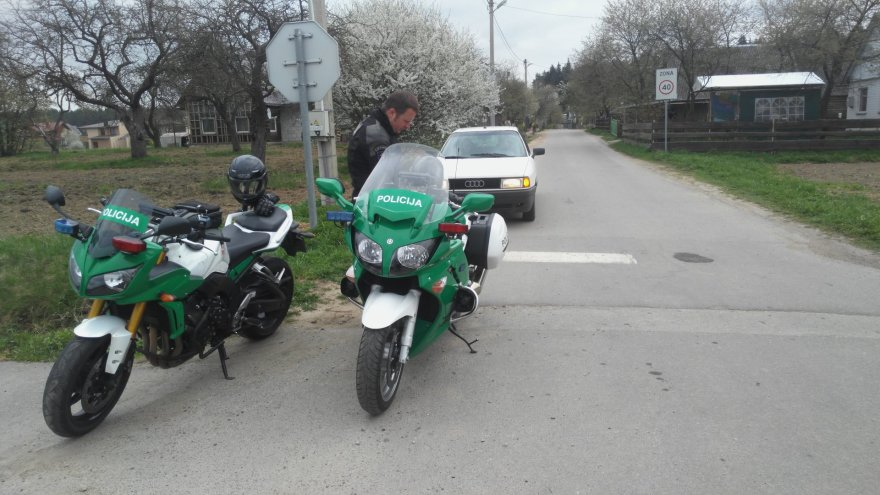 Motociklų vairuotojai nepasižymėjo drausmingumu