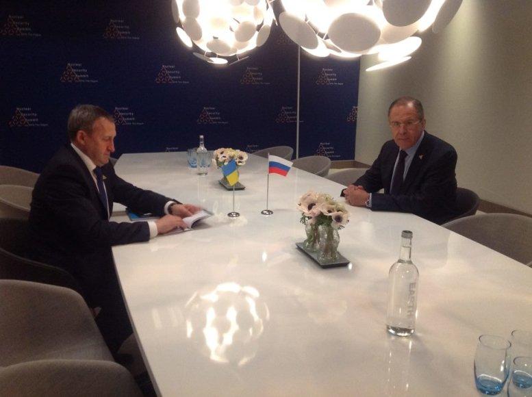 Andrijus Deščycia ir Sergejus Lavrovas