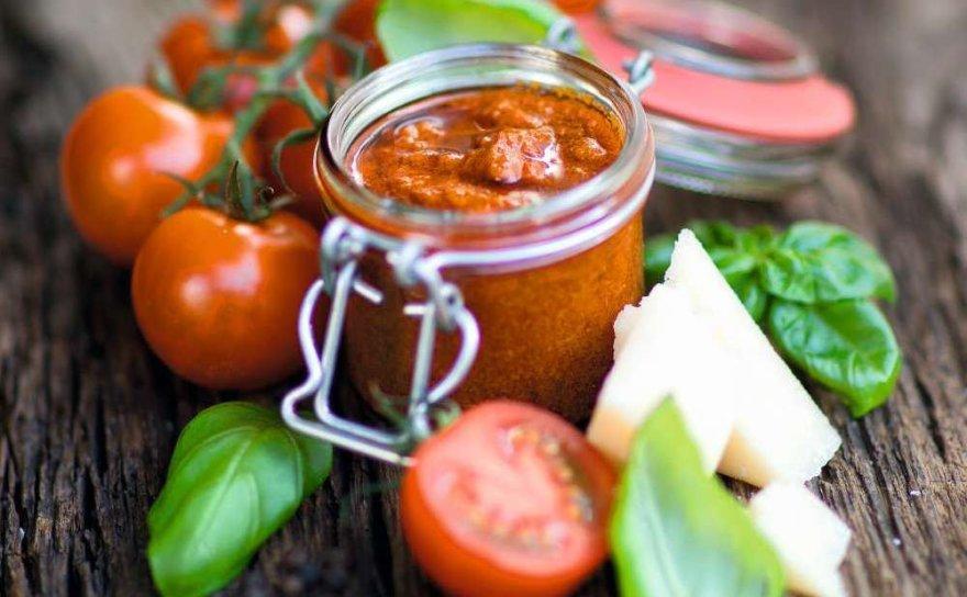 Pomidorų pestas